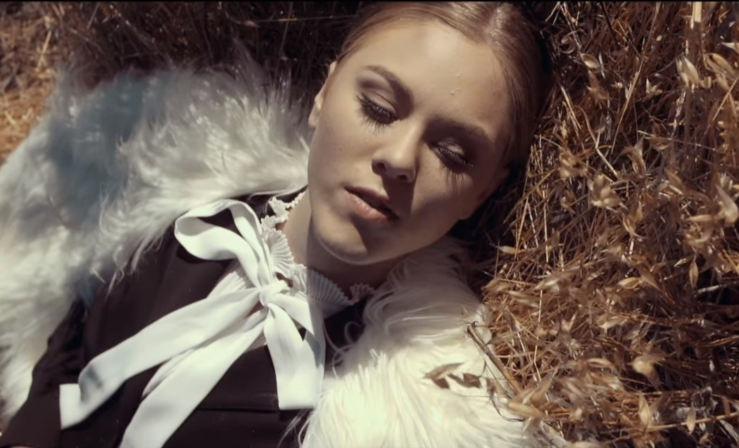 "Screenshot from Loren North's ""feel it out"" music video"