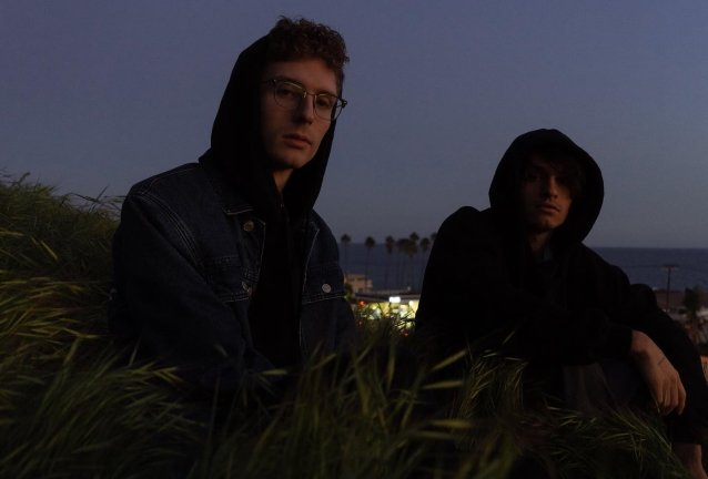 Midnight Kids (L: Kyle Girard, R: Dylan Lee) © Clyde Munroe