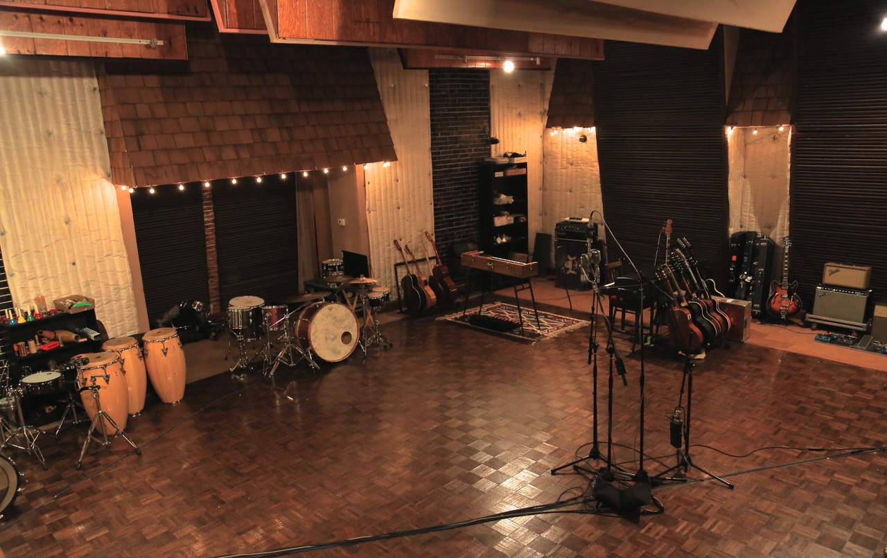 Lord Huron's Whispering Pines Studios © 2014